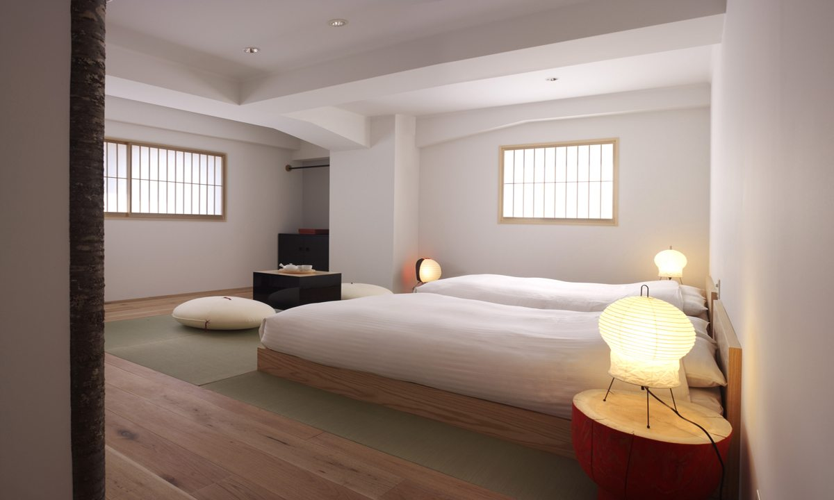 Whiteout at agoda 4 minimalist boutique hotels to pimp for Design hotel japan