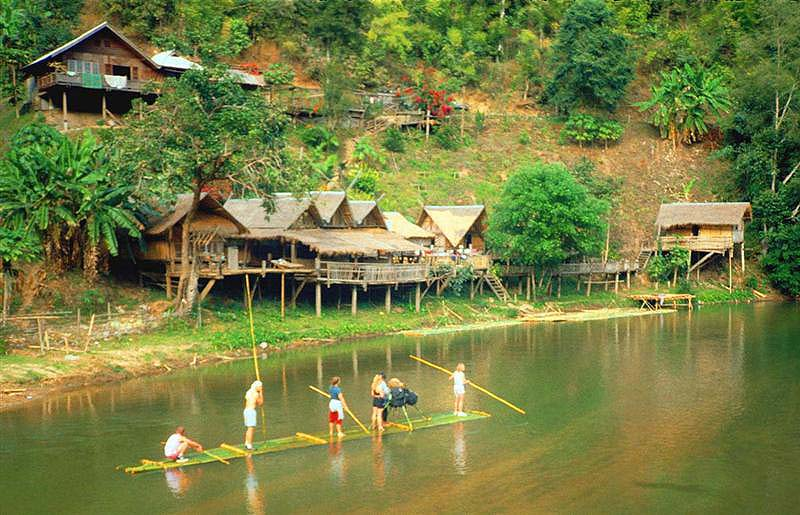 Thailand_Bamboo_Rafting