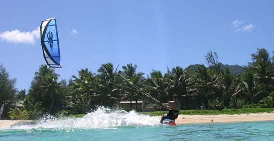 bali-kite-surfing_1